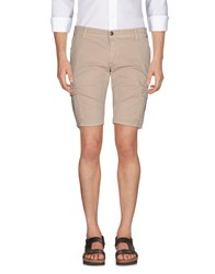 Fifty Four Bermudas Beige