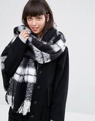 Monki Oversized Check Scarf Black