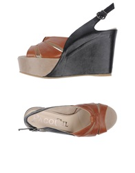 Paco Gil Wedges Brown