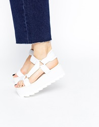 Y R U Yru Pulse Lo Flatform Sandals White