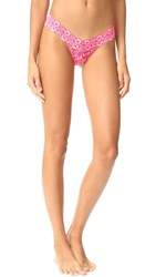 Hanky Panky Cross Dyed Signature Lace Low Rise Thong Vivid Coral Marshmallow
