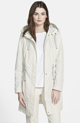 Women's Rainforest Packable Hooded Anorak Cream