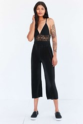 Silence And Noise Willow Pleated Cropped Pant Black
