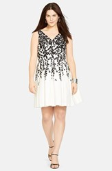 Plus Size Women's Lauren Ralph Lauren Print Sleeveless Pleated Fit And Flare Dress White Black
