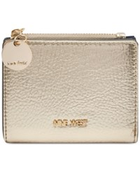 Nine West Slim Wallet With Zipper Platino