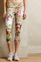 Pure Good Loa Capris Botanical Motif