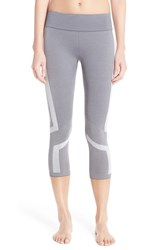 Women's Under Armour Seamless Capris