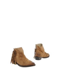 Mr. Wolf Ankle Boots Sand