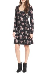 Lush Women's Scoop Neck Swing Dress Black Rose
