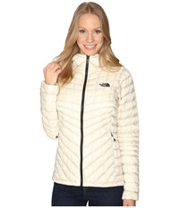 The North Face Thermoball Hoodie Vintage White Women's Coat Beige