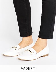 New Look Wide Fit Leather Buckle Loafer White