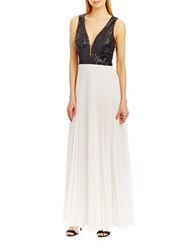 Nicole Miller New York Deep V Accented A Line Pleated Gown Black Ivory