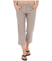 Aventura Clothing Arden Standard Rise Capri Rock Ridge Women's Capri White
