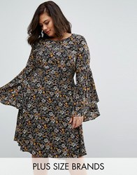 Koko Plus Swing Dress With Frill Sleeves Black Floral