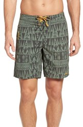 Patagonia Men's Wavefarer Board Shorts Hemlock Green