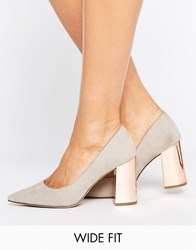 New Look Wide Fit Pointed Court Heel Grey