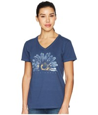 Life Is Good Crusher Vee Watercolor Daisy Darkest Blue T Shirt