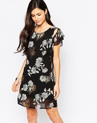 Liquorish Flutter Sleeve Dress In Eastern Print Black