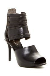 Kenneth Cole Reaction Ivy Sandal Black