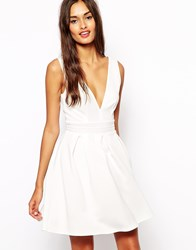 Oh My Love Plunge Neck Skater Dress With Pleat Skirt Cream