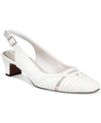 Easy Street Shoes Kristen Pumps Women's White Patent