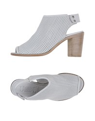 Keb Sandals Light Grey