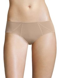 Natori Foundations Highlight Brief Buff