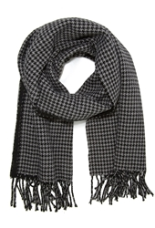 Forever 21 Reversible Houndstooth Scarf