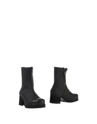 Forfex Ankle Boots Black
