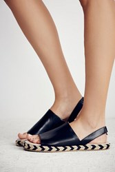 Coconuts By Matisse Last Chance Sling Back Sandal