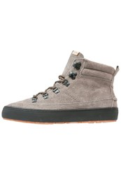 Pointer Shipton Hightop Trainers Major Brown
