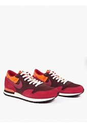 Nike Fuchsia Air Epic Qs Sneakers