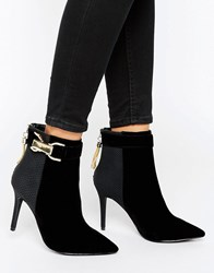 Forever Unique Thelma Chain Heeled Boot Black