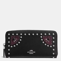 Coach Western Rivets Accordion Zip Wallet In Glovetanned Leather Sv Black