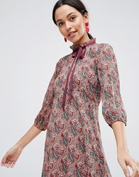 Traffic People Long Sleeve Printed Shift Dress With Bow Detail Red