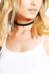 Boohoo Mini Cross Pendant Choker Black