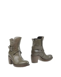 Rocco P. Ankle Boots Military Green