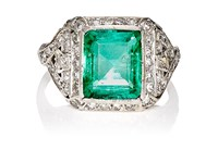 Stephanie Windsor Antiques Women's Emerald And White Diamond Ring Green