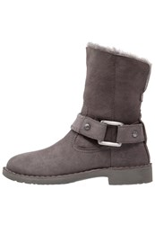Ugg Cedric Winter Boots Grey