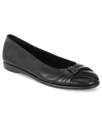 Easy Street Shoes Easy Street Giddy Flats Women's Shoes Black