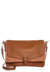Kiomi Across Body Bag Warm Brown