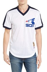 Mitchell And Ness Men's Carlton Fisk Chicago White Sox Authentic Mesh Jersey