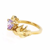 Metal Couture Violet Kisses Swallow Ring Gold