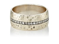 Feathered Soul Women's Light Band Silver