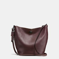 Coach Duffle Shoulder Bag In Glovetanned Pebble Leather Bp Oxblood