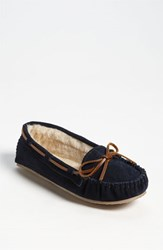 Minnetonka Women's 'Cally' Slipper Navy Suede