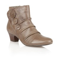 Lotus Brisk Ankle Boots Cream