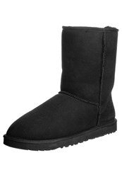 Ugg Classic Short Winter Boots Black