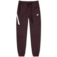 Nike Tech Fleece Jogger Burgundy