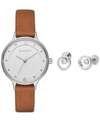 Skagen Women's Anita Light Brown Leather Strap Watch And Stud Earrings Box Set 30Mm Skw1085